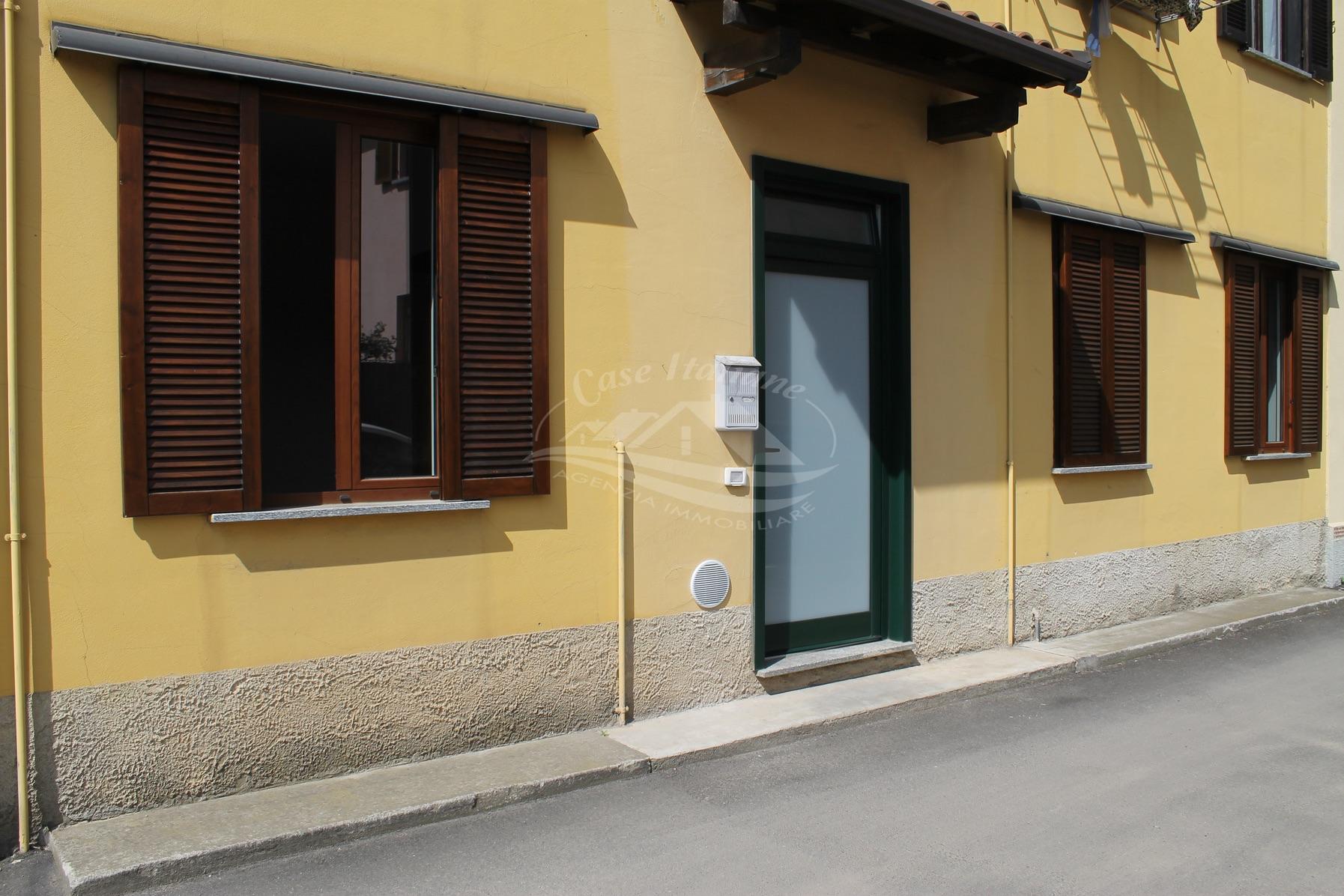 1 case italiane agenzia immobiliare cant for Case italiane immobiliare