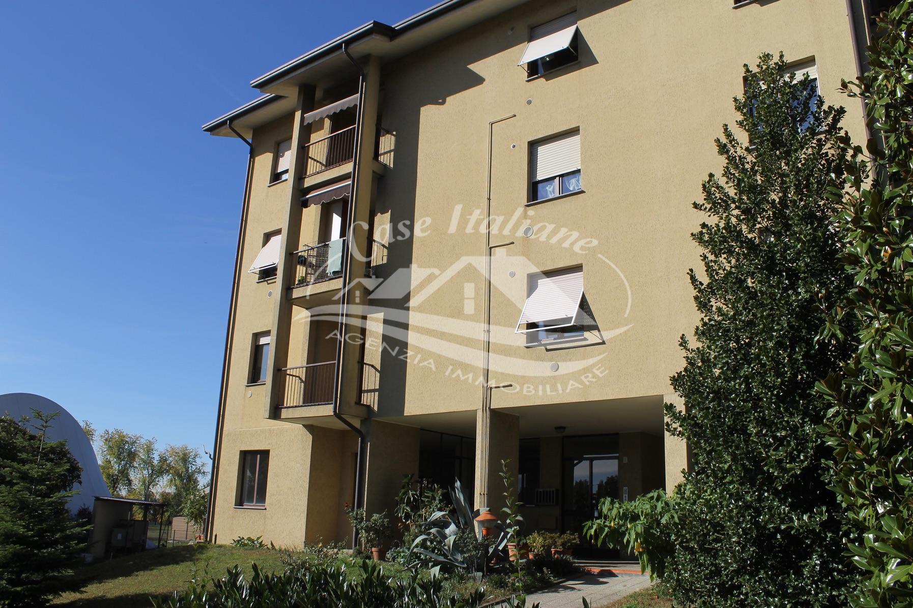 Img 9120 case italiane agenzia immobiliare cant for Case italiane immobiliare