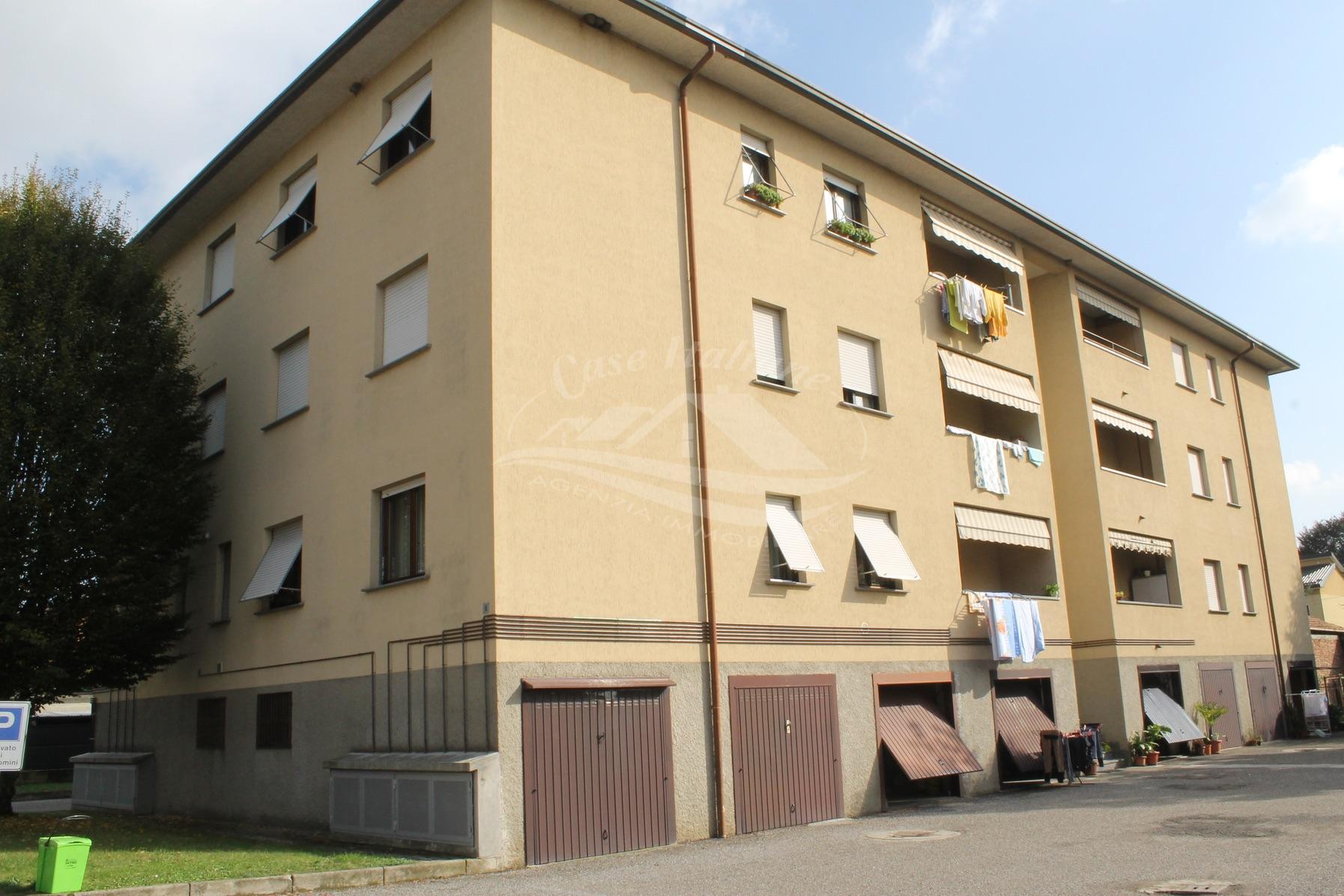 Foto immobili 035 case italiane agenzia immobiliare cant for Case italiane immobiliare
