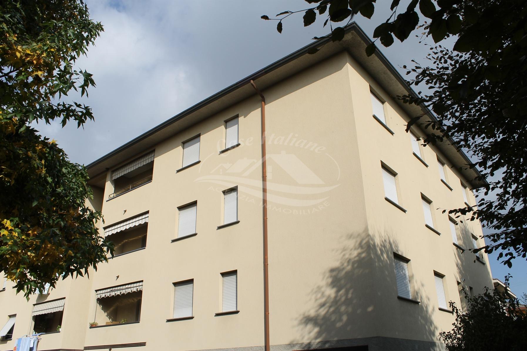 Foto immobili 041 case italiane agenzia immobiliare cant for Case italiane immobiliare