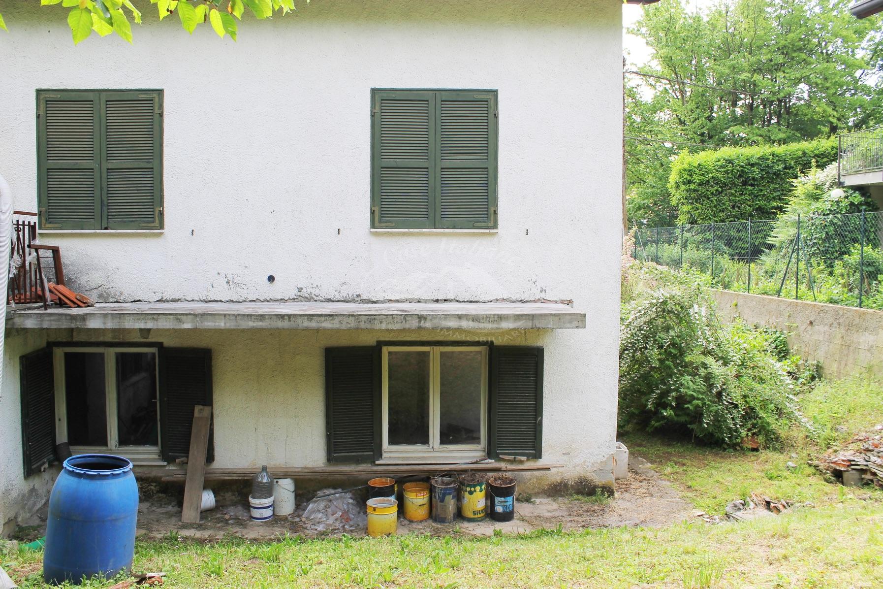 Foto immobili 072 case italiane agenzia immobiliare cant for Case italiane immobiliare