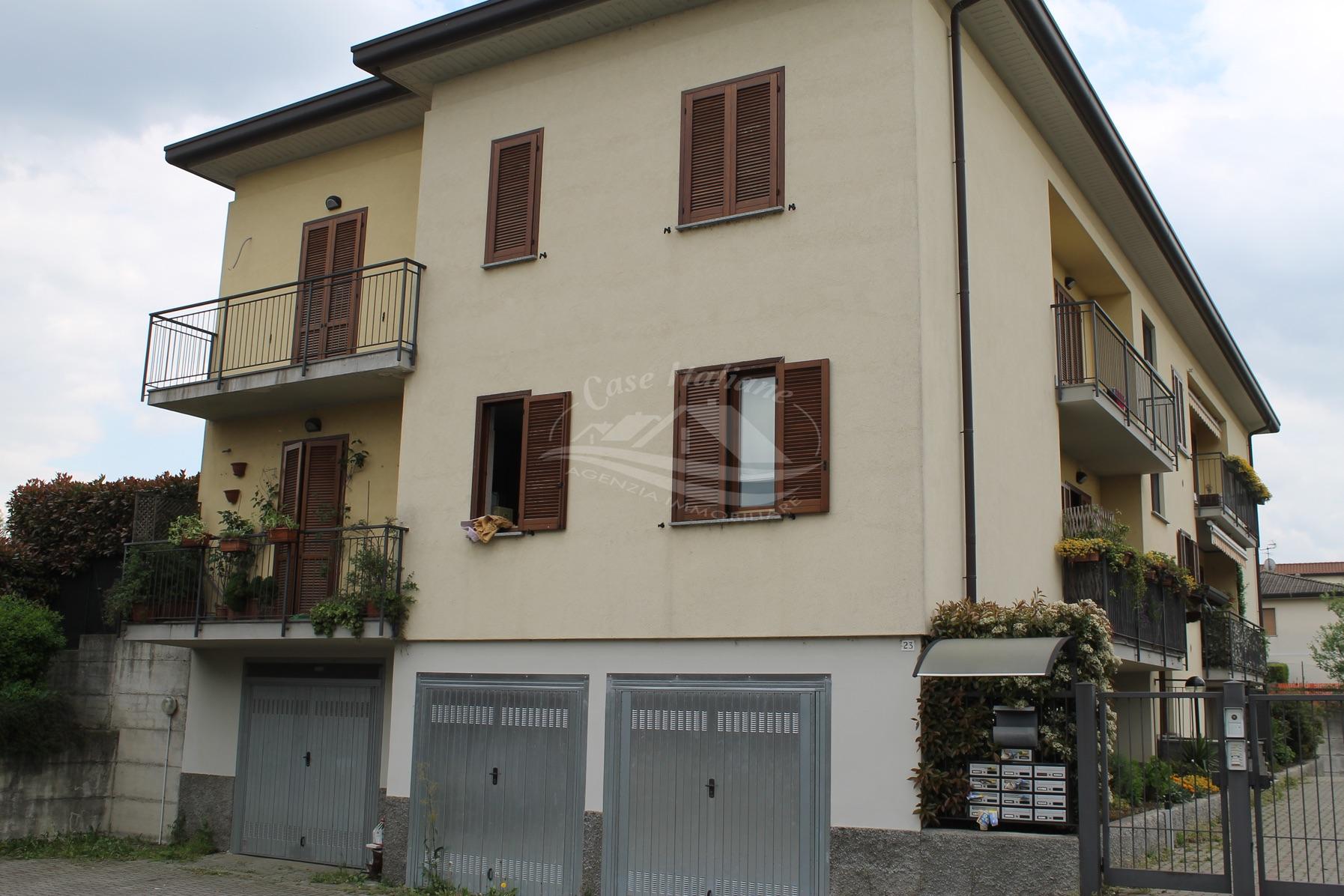 Foto immobili 3064 case italiane agenzia immobiliare cant for Case italiane immobiliare