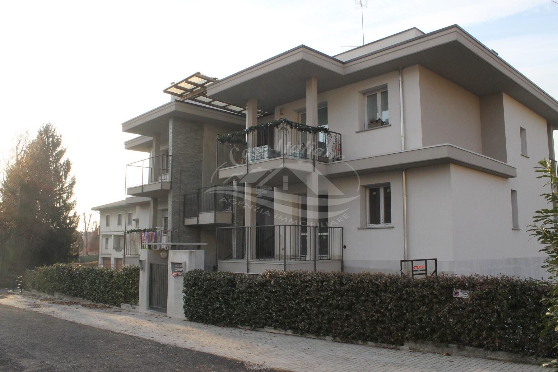 Img 0109 case italiane agenzia immobiliare cant for Case italiane immobiliare