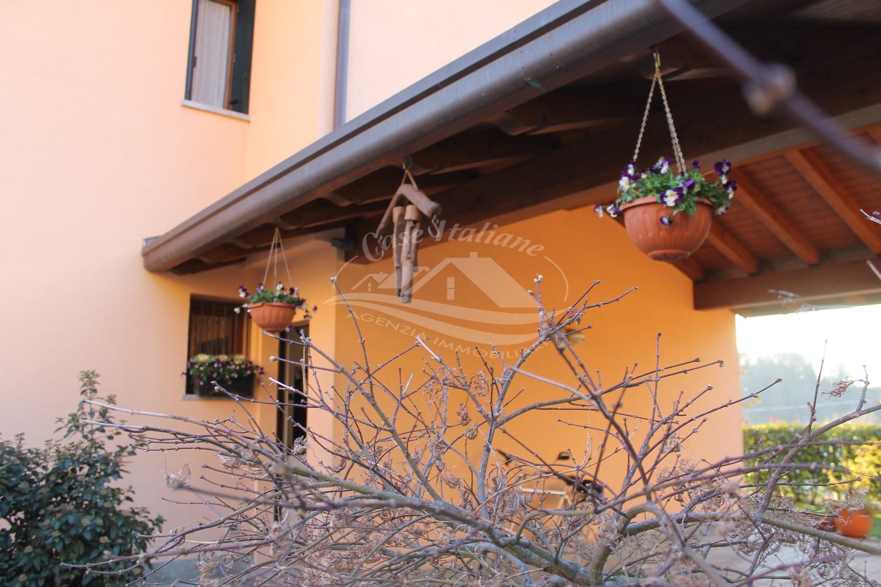 Img 9762 case italiane agenzia immobiliare cant for Case italiane immobiliare
