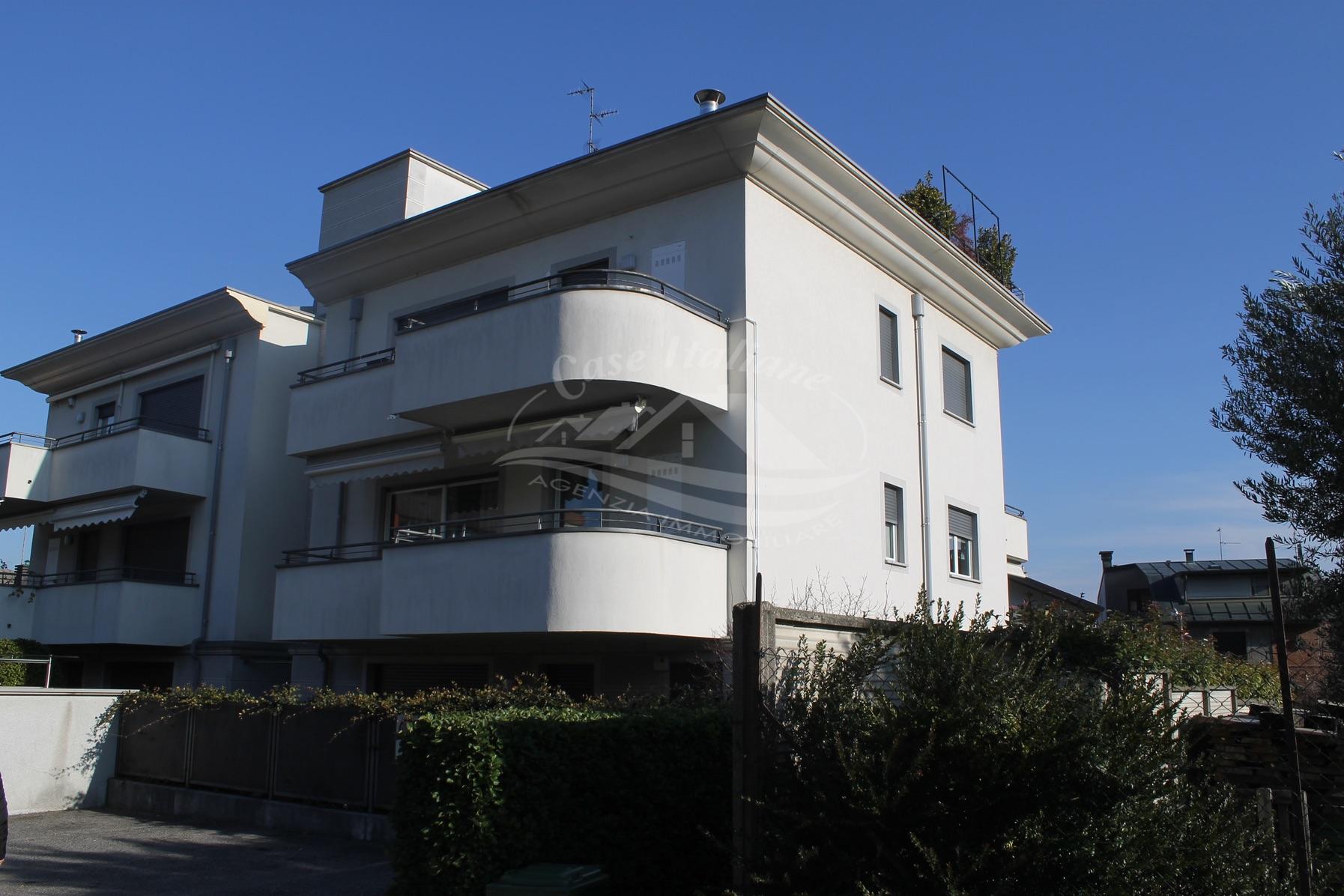 img 9867 case italiane agenzia immobiliare cant