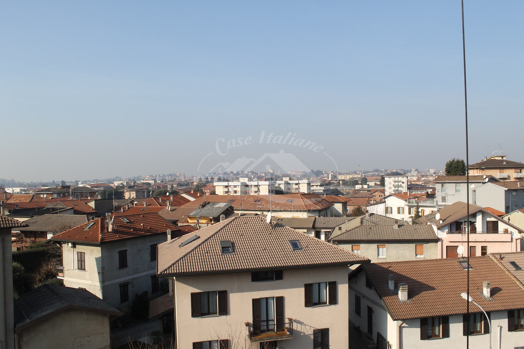 Img 0342 case italiane agenzia immobiliare cant for Case italiane immobiliare