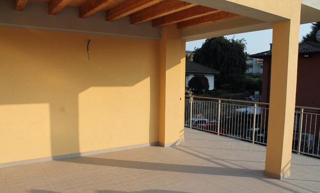 Appartamento nuovo con terrazzo a Cantu' centro
