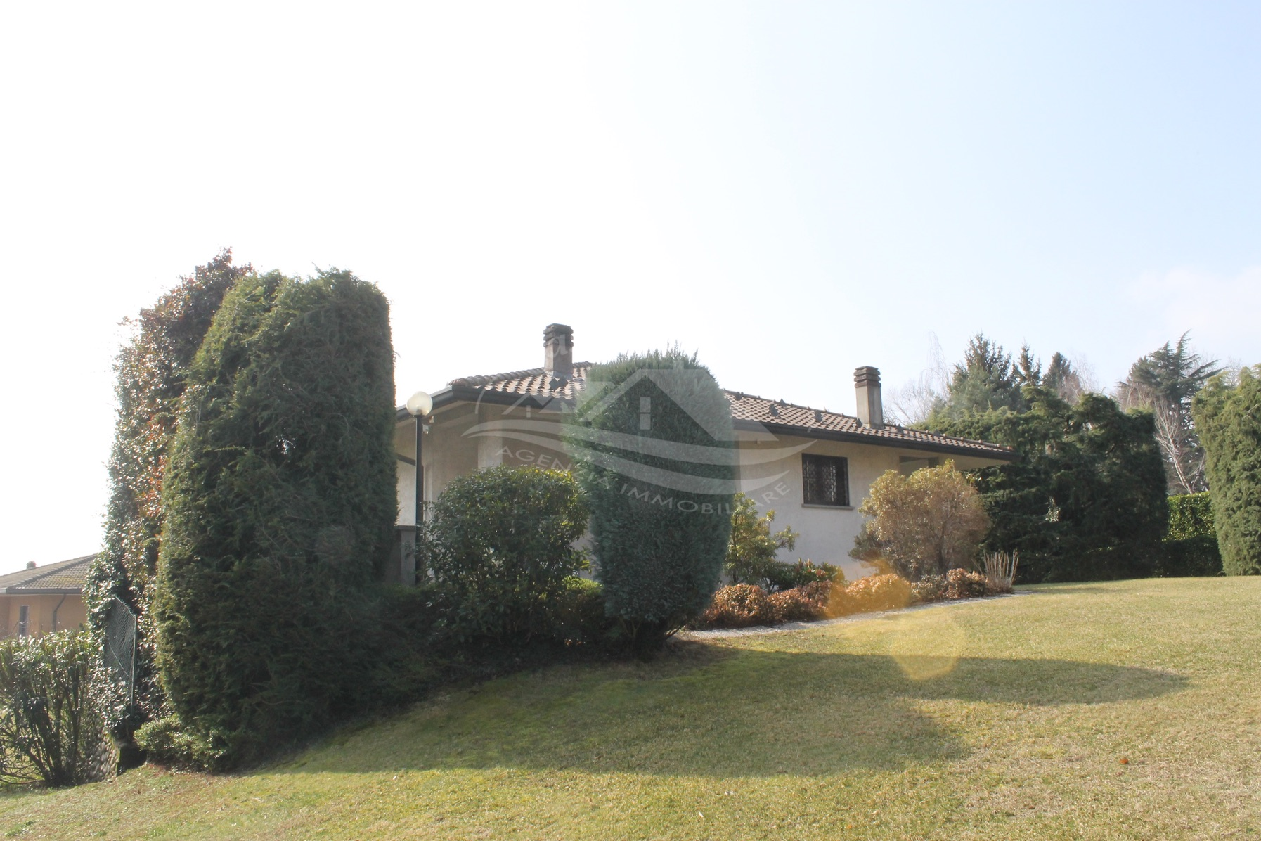Villa indipendente a Cucciago