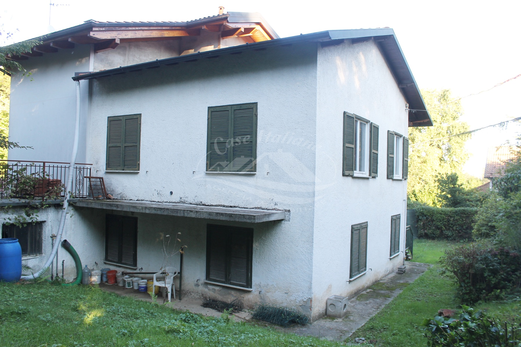 Montorfano casa da ristrutturare